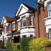 Top  7 Questions to ask When Choosing an Estate Agent
