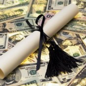 5 Tips For Repaying Student Loan Debt