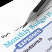 5 Ways a Monthly Budget Can Keep You On-Track