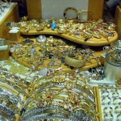 Tips for Selling Your Unwanted Gold Jewellery