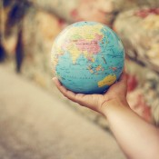 INFOGRAPHIC – How to Travel the World for Free